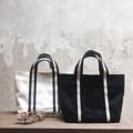 ชื่อสินค้า : Mini Handbag  Dimension: Width x Height x Base (cm.) 28 x 17 x 8   #canvasbags #madetoorderbags #bag #bags #handbag #handbags #กระเป๋า #handlebag #minimal #style #fashion #กระเป๋าผ้า #กระเป๋าถือ #กระเป๋าสะพาย