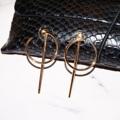 Half minimal earrings  หมดไปหลายคู่แล้วนะคะ ต่างหูสไตล์มินิมอล เติมสินค้ามาใหม่เลยสีทองคะ Color : gold Price : 220-. #earrings #minimal