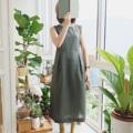 "[[ Windy Wendy Dress ]] • 100% of linen • Chest 40"" • Waist 41"" • Hip free size ~56"" • 1,200THB. ***การันตีคุณภาพและความน่ารัก ใส่แล้วโดดเด่นแน่นอน^^  #เสื้อผ้าผู้หญิง #เดรส #เดรสยาว #เดรสยาวแขนกุด #เดรสแขนกุด"