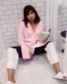 ชื่อสินค้า : Long sleeve shirt เสื้อเชิ้ต แขนยาว สีชมพู สไตล์เกาหลี ดีไซน์น่ารักๆ สามารถมิกซ์แอนด์แมทซ์ได้หลายสไตล์ ไม่ว่าจะใส่คู่กับ กระโปรง หรือ กางเกง  ขนาด : Freesize อก38  #เสื้อผู้หญิง #เสื้อผ้าผู้หญิง #เสื้อเชิ้ต #เสื้อเชิ้ตแขนยาว #เสื้อเชิ้ตคอปก #เสื้อเชิ้ตผู้หญิง