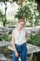 """ชื่อสินค้า : Norah tank top เสื้อแขนกุด ดีไซน์น่ารัก เป็นคอวีตกแต่งด้วยลูกไม้ที่คอและรอบแขน สามารถใส่ได้ทั้งกางเกงขายาว และขาสั้น หรือจะใส่กับกระโปรงก็ดูน่ารักไม่ใช่น้อย  สี : ขาว / กรมท่า ขนาด : อก 35"""" ความยาว 24"""" รอบแขน 18""""  #เสื้อผ้าผู้หญิง #เสื้อผู้หญิง #เสื้อแขนกุด #เสื้อคอวี"""