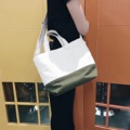"""กระเป๋า TwoTone ผ้าแคนวาสหนา พร้อมสายยาวปรับได้ มีหลายสีให้เลือกนะคะ สอบถามเพิ่มเติมได้เลยนะคะ  Dimensions : Length x Height x Depth 14"""" x 10"""" x 6  #tote #souvenirwedding #souvenirbag #souvenir #souvenirs #bag #bags #bag👜 #totebag #handbag #handbags #report #shoppingthailand #nametagbag #madetoorderbags #madetoorder #bag #crossbody #crossbodybag #crossbag #longstrapbag #canvas #canvasbag #casual #กระเป๋า #กระเป๋าผ้า #กระเป๋าถือ #กระเป๋าสะพาย"""