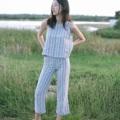 ชื่อสินค้า : Blue striped cropped pants กางเกงเอวสูง ลายทางยาวช่วยให้ดูสูงขึ้น ผ้าลินินธรรมชาติ สวมใส่สบาย กางเกงเป็นกางเกงห้าส่วนช่วยทำให้ดูสูงขึ้น ไม่ตันด้วยค่ะ  fabric : linen 100%  #กางเกงขายาว #กางเกงห้าส่วน #กางเกงลายทางยาว #กางเกงเอวสูง #กางเกงผ้าลินิน