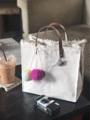 """กระเป๋าถือแบบมาใหม่นะคะสายหนังวัวแท้ สอบถามได้เลยนะคะ Top handle bag Dimension: Width x Height x Base (S) 10"""" x 9.5"""" x 5"""" (M) 10"""" x 12"""" x 5""""  #handmade #handbag #handelbag #canvas #กระเป๋า #ถ่ายจากสินค้าจริง #พร้อมส่ง #minimal #fashion #style #กระเป๋าผ้า #กระเป๋าถือ  #กระเป๋าผู้หญิง"""