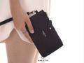 Marietta #TinnyLINDA' ( More Image | #TinnyLINDA ) 🌿 กระเป๋าสตางค์ใบเล็ก ใส่ Iphone7 ได้ มาพร้อมสายคล้องมือ ให้สาวๆได้ช็อปกันอย่างสบายใจไม่ต้องกลัวหาย ใส่เครื่องสำอางได้หลายชิ้น  Box set : เหมาะสำหรับคนที่กำลังหาของขวัญให้ในวันรับปริญญา วันเกิด มากๆค่ะ - สี : ดำ/น้ำเงิน/เทา/แดง/ชมพู/ตาลเข้ม/ครีม/ไบรท์ ขนาด : 17 x 10 cm ราคา : 390 บาท ฟรีส่ง Ems