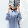 """วัสดุ : ผ้าคอตตอล (เนื้อไม่บาง เป็นทรง) *สี  :  เทาอมฟ้า  ฟรีไซส์  • รอบอก 38"""" • ความยาว 21""""   **งานปักธีมนักกายกรรม  #เสื้อผ้าผู้หญิง #เสื้อผู้หญิง #เสื้อเชิ้ต #เสื้อเชิ้ตผู้หญิง #เสื้อเชิ้ตแขนยาว"""