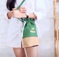 กระเป๋าทรงกลม ทำจากผ้าแคนวาส สีเขียวเข้มและน้ำตาลอ่อน  มีผ้าซับใน มีช่องด้านใน  ลายเบอร์เกอร์ด้านหน้าเป็นลายปัก    ------------------------------------------------------ #iam_something #bag #กระเป๋า #กระเป๋าผ้า #กระเป๋าสะพาย