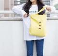 สี : Cream Gold  ทำจากผ้าคอตต้อน ขนาด 15*15 นิ้ว  มีซับในแข็ง อยู่ทรง มีซิป มีช่องใส่ของด้านใน ลายด้านหน้าเป็นลายปัก รูปรถ 3 คัน (ตุ๊กๆ เวสป้า รถเต่า)  #minimal #bag #trend #totebag #japan #fashion #hipster #japanstyle #travel #nature #iam_something