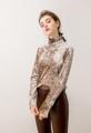 เสื้อคอเต่า ผ้ากำมะหยี่ (P000) สี ทอง / เงิน / น้ำเงิน ใส่สบาย  ไซส์ :: Shoulder 37 / Bust 88 / Sleeve 61 / Length 62  #เสื้อผ้าผู้หญิง #เสื้อผู้หญิง #เสื้อแขนยาว