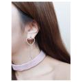 Shining heart drop earrings ต่างหูห้อยใส่ได้หลายแบบน้า จะใส่หัวใจเดี่ยวๆก็ได้ หรือ ใส่ตัวห้อยดพชรเดี่ยวๆก็หรู หรือใส่หัวใจคู่กับเพชรห้อยก็ดูน่ารัก คุ้มสุดๆ ซื้อ1ได้ใส่ถึง3แบบ!  มี2สีน้ารุ่นนี้ สอบถามเพิ่มได้เลยค่า  สั่งซื้อ/สอบถาม 📱 ไลน์: @lidajewelry(มี@นำหน้า) 📌 หรือใครสะดวกสามารถไปซื้อ/ลองที่ SOS siam soi2 ได้เลยค่า (อยู่ชั้น2ตรงแคทเชียร์น้า)
