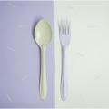 Green Spoon+Purple Fork : Switch 🍭 Sweet Collection  🍦 เพราะเราคิดว่าเราไม่ต้องเหมือนกันทุกอย่าง เราก็อยู่ด้วยกันได้อย่างสบาย ในชีวิตประจำวันเราจะเห็นของที่เป็นคู่ๆกันมักจะเหมือนกันไปซะทุกอย่าง ไม่ว่าจะเป็น รองเท้า ถุงเท้า ตะเกียบ รวมไปถึงช้อนส้อม แล้วถ้าหากพวกนั้นเป็นคู่กันเเต่ไม่เหมือนกันหล่ะจะเป็นยังงัย? เข้ากันได้มั้ย? และน่ารักขนาดไหน?🍦 .  จึงกลายมาเป็น concept สนุกๆ ของช้อนส้อม Switch🍭Sweet สลับสีสัน เพิ่มความน่ารัก สนุก และตื่นเต้นให้กับคนที่ได้ใช้ และสีสันที่แสนหวานมาจัดเต็มถึง 7 สีกันเลย นอกจากนี้เรายังปรับดีไซน์ ทั้งตัวช้อนให้ลึกเพื่อตักซุปได้มากขึ้น ด้ามจับที่ยาวขึ้นเพื่อให้จับได้ถนัดมากขึ้น และสุดท้ายเราปรับความหนาของ Stainless Steel หนาขึ้นและมีน้ำหนักมากขึ้นอีกด้วย  ✐ รายละเอียดสินค้า  • สี : ช้อนสีเขียว + ส้อมสีม่วง • วัสดุ: Stainless Steel, Enamel • ความกว้าง 4.5 cm • ความยาว 19 cm.  ✐ วิธีใช้งาน และการดูแลเก็บรักษา   • สามารถใช้กับเตาอบและเครื่องอบไอน้ำ ความร้อนสูงสุดที่ 356F / 180C • สามารถน้ำเข้าช่องเเช่แข็งได้ • ไม่สามารถโดนเปลวไฟ • ไม่สามารถนำเข้าไมโครเวฟได้ เนื่องจากสินค้ามีวัสดุเป็นเหล็ก จึงไม่สามารถเอาเข้าไม่โครเวฟได้ • ล้างด้วยมือและฟองน้ำนิ่มๆ หลีกเลี่ยงการใช้แปร หรือ ฝอยขัดหม้อ อาจทำให้พื้นผิวของสินค้าขรุขระได้  • เช็ดหรือตากให้แห้งก่อนเก็บ • สามารถใช้กับเครื่องล้างจานได้ • หากกรณีสีที่เคลือบหลุดเห็นเหล็กด้านใน เหล็กกล้าโดยธรรมชาติจะถูกออกซิเดสและออสซิลโลแวร์ปลอดภัยต่อการใช้งาน