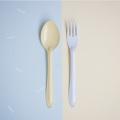 Yellow Spoon+ Light BlueFork : Switch 🍭 Sweet Collection  🍦 เพราะเราคิดว่าเราไม่ต้องเหมือนกันทุกอย่าง เราก็อยู่ด้วยกันได้อย่างสบาย ในชีวิตประจำวันเราจะเห็นของที่เป็นคู่ๆกันมักจะเหมือนกันไปซะทุกอย่าง ไม่ว่าจะเป็น รองเท้า ถุงเท้า ตะเกียบ รวมไปถึงช้อนส้อม แล้วถ้าหากพวกนั้นเป็นคู่กันเเต่ไม่เหมือนกันหล่ะจะเป็นยังงัย? เข้ากันได้มั้ย? และน่ารักขนาดไหน?🍦 .  จึงกลายมาเป็น concept สนุกๆ ของช้อนส้อม Switch🍭Sweet สลับสีสัน เพิ่มความน่ารัก สนุก และตื่นเต้นให้กับคนที่ได้ใช้ และสีสันที่แสนหวานมาจัดเต็มถึง 7 สีกันเลย นอกจากนี้เรายังปรับดีไซน์ ทั้งตัวช้อนให้ลึกเพื่อตักซุปได้มากขึ้น ด้ามจับที่ยาวขึ้นเพื่อให้จับได้ถนัดมากขึ้น และสุดท้ายเราปรับความหนาของ Stainless Steel หนาขึ้นและมีน้ำหนักมากขึ้นอีกด้วย  ✐ รายละเอียดสินค้า  • สี : ช้อนสีเหลือง + ส้อมสีฟ้าอ่อน • วัสดุ: Stainless Steel, Enamel • ความกว้าง 4.5 cm • ความยาว 19 cm.  ✐ วิธีใช้งาน และการดูแลเก็บรักษา   • สามารถใช้กับเตาอบและเครื่องอบไอน้ำ ความร้อนสูงสุดที่ 356F / 180C • สามารถน้ำเข้าช่องเเช่แข็งได้ • ไม่สามารถโดนเปลวไฟ • ไม่สามารถนำเข้าไมโครเวฟได้ เนื่องจากสินค้ามีวัสดุเป็นเหล็ก จึงไม่สามารถเอาเข้าไม่โครเวฟได้ • ล้างด้วยมือและฟองน้ำนิ่มๆ หลีกเลี่ยงการใช้แปร หรือ ฝอยขัดหม้อ อาจทำให้พื้นผิวของสินค้าขรุขระได้  • เช็ดหรือตากให้แห้งก่อนเก็บ • สามารถใช้กับเครื่องล้างจานได้ • หากกรณีสีที่เคลือบหลุดเห็นเหล็กด้านใน เหล็กกล้าโดยธรรมชาติจะถูกออกซิเดสและออสซิลโลแวร์ปลอดภัยต่อการใช้งาน