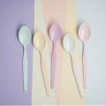 Rainbow Dessert Spoon Set : Switch🍭 Sweet Collection  🍦 เพราะเราคิดว่าเราไม่ต้องเหมือนกันทุกอย่าง เราก็อยู่ด้วยกันได้อย่างสบาย ในชีวิตประจำวันเราจะเห็นของที่เป็นคู่ๆกันมักจะเหมือนกันไปซะทุกอย่าง ไม่ว่าจะเป็น รองเท้า ถุงเท้า ตะเกียบ รวมไปถึงช้อนส้อม แล้วถ้าหากพวกนั้นเป็นคู่กันเเต่ไม่เหมือนกันหล่ะจะเป็นยังงัย? เข้ากันได้มั้ย? และน่ารักขนาดไหน?🍦 .  จึงกลายมาเป็น concept สนุกๆ ของช้อนส้อม Switch🍭Sweet สลับสีสัน เพิ่มความน่ารัก สนุก และตื่นเต้นให้กับคนที่ได้ใช้ และสีสันที่แสนหวานมาจัดเต็มถึง 5 สีกันเลย   ✐ รายละเอียดสินค้า  • 1 ชุด ประกอบด้วยช้อนขนม 5 คัน • สี : สีเขียวมิ้น + สีครีม + สีม่วง + สีฟ้าอ่อน + สีชมพู • วัสดุ: Stainless Steel, Enamel • ความกว้าง 2.5 cm • ความยาว 14.2 cm  ✐ วิธีใช้งาน และการดูแลเก็บรักษา   • สามารถใช้กับเตาอบและเครื่องอบไอน้ำ ความร้อนสูงสุดที่ 356F / 180C • สามารถน้ำเข้าช่องเเช่แข็งได้ • ไม่สามารถโดนเปลวไฟ • ไม่สามารถนำเข้าไมโครเวฟได้ เนื่องจากสินค้ามีวัสดุเป็นเหล็ก จึงไม่สามารถเอาเข้าไม่โครเวฟได้ • ล้างด้วยมือและฟองน้ำนิ่มๆ หลีกเลี่ยงการใช้แปร หรือ ฝอยขัดหม้อ อาจทำให้พื้นผิวของสินค้าขรุขระได้  • เช็ดหรือตากให้แห้งก่อนเก็บ • สามารถใช้กับเครื่องล้างจานได้ • หากกรณีสีที่เคลือบหลุดเห็นเหล็กด้านใน เหล็กกล้าโดยธรรมชาติจะถูกออกซิเดสและออสซิลโลแวร์ปลอดภัยต่อการใช้งาน