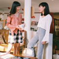 """ชื่อสินค้า : Bell Sleeve Crop Top color : ขาว white / ส้ม orange  free size / bust up to 38""""/length 16"""" sleeve length 21.5"""" วงแขนกว้าง 19 Linen 100%  #เสื้อผ้าผู้หญิง #เสื้อผู้หญิง #เสื้อแขนยาว"""
