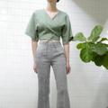 """ชื่อสินค้า : Monday Wrap Top (Green) free size (bust up to 38"""") ผูกได้ตามตัว length 17"""" Linen100% สี : เขียว Green  #เสื้อผ้าผู้หญิง #เสื้อผู้หญิง #เสื้อแขนสั้น"""