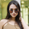 GQSun-031 Price: THB 2,990 UV 400 Sunglasses Lens  แว่นกันแดดสไตล์ aviator ดีไซนน์มีขอบสีและมีเลนส์กันแดด UV400 ที่มีสีที่เข้ากัน ทำจากวัสดุคุณภาพดีที่มีน้ำหนักเบา  Frame Size: 55□18-140○50 Frame Width: L (140 MM) Weight: 16 g   โทนสี : Colorful Tone ตัวเลือกสี : Brown, Blue ผิววัสดุ : Matte ทรง : Aviator/Pilot, Drop กรอบแว่น : Full Rim วัสดุ : Titanium  #GLAZZIQ#Eyewear #Sunglasses #แว่นตา #แว่น #แว่นกันแดด