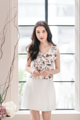 """ขายดีมากๆๆ✨เสื้อแขนกุดทรงเอ ลายดอกไม้ ผ้าดัชเชสพิมพ์ลาย ตัวนี้ผ้าดีมากนะคะ ติดซิปซ่อนด้านหลัง ใส่ซับในอย่างดีค่ะ ใส่คู่กับ Clover Skirt ก็ยิ่งน่ารักค่ะ💕 Color: ชมพู Pink - ขาว white Size: S M L Length: 16""""  #เสื้อผ้าผู้หญิง #เสื้อผู้หญิง #เสื้อแขนกุด"""