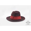 หมวก ฟีโดร่า ดีไซน์วัยรุ่น วัสดุเป็นไหมพรม  อินเทรนด์ทรงปานามา  - Color : แดง / น้ำเงิน  - Material : ไหมพรม ทรงปานามา  - Price :  390 ฿  #Anaconda168 #หมวก #หมวกฟีโดร่า #หมวก #minimal #สินค้ามือหนึ่ง #ถ่ายภาพจากสินค้าจริง  #หมวกผู้หญิง #อนาคอนด้า168