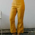 กางเกงผ้าลินินธรรมชาติ 100% นิ่มมากๆ เอวสูง เป็นทรงที่ช่วยเก็บหน้าท้อง ทำให้ใส่เเล้วดูไม่อ้วนค่ะ บานที่ปลายขาเล็กน้อยทรงสวยมากๆค่ะ กางเกงยาวระดับเลยเหนือตาตุ่มเล็กน้อย ใส่เเล้วทำให้ดูไม่เตี้ยเเละตันค่ะ  only size S fabric : linen 100%  สี : เหลือง  #กางเกง #กางเกงผู้หญิง #กางเกงผู้หญิงขายาว #กางเกงขายาว #กางเกงขายาวผู้หญิง