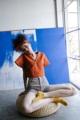 """Amber Crop Top เสื้อครอป คอวี แขนสั้น สีส้มสดใส สาวๆ สายฮิปไม่ควรพลาดไอเท็มนี้ สามารถมิกซ์ได้กับทั้งกางเกงและกระโปรง ตามความชอบของสาวๆได้เลยจ้า  Made with cotton-linen fabric ____________________________________ S (Shoulder 15"""" Bust 36""""-38"""" Length 17"""") M (Shoulder 16"""" Bust 38""""-40"""" Length 17"""")  #เสื้อผ้าผู้หญิง #เสื้อผู้หญิง #เสื้อครอป #เสื้อครอปแขนสั้น #เสื้อครอปคอวี"""