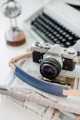 A01 Deepblue leather camera strap  Handmade camera strap made from natural colour genuine cowhide Smooth & sweet White lambskin neck pad  สายคล้องกล้อง แฮนด์เมด ตัวสายทำจากหนังคาวน์ไฮด์มีความแข็งแรงสามารถรองรับน้ำหนักของกล้องได้เป็นอย่างดี และ บริเวณที่รองบ่าทำจากหนังแกะ เมื่อสัมผัสกับบริเวณคอหรือบ่าแล้วจะรู้สึกสบายและไม่เจ็บ เนื่องจากผิวของหนังแกะจะมีความนุ่มกว่าหนังอื่น ๆ ค่ะ  Material : 2.5mm Cowhide leather & lambskin neck pad Size : 133-143 cm. (สามารถปรับขนาดได้อีกเล็กน้อยค่ะ ) Colour : น้ำเงิน Navy Price : 1390 THB ( +shipping fee 60 THB )