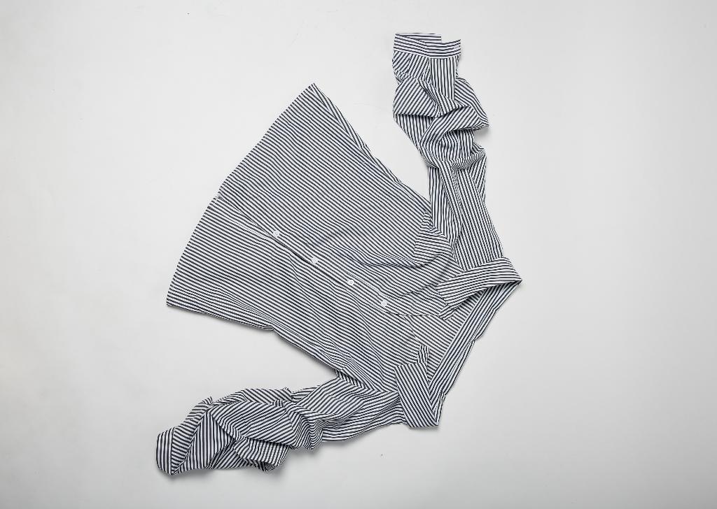 เสื้อผ้าผู้หญิง,เสื้อผู้หญิง,เสื้อเชิ้ต,เสื้อเชิ้ตผู้หญิง,เสื้อเชิ้ตแขนยาว,เสื้อเชิ้ตปาดไหล่,ปาดไหล่