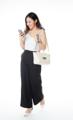 สามารถใส่กระเป๋าสตางค์ใบยาว กระเป๋าเครื่องสำอางค์ และร่มพับได้ Free space อีกเพียบ จะถือ หรือสลับไปสะพาย ก็ดูแพง น้ำหนักเบา ลูกบิดเปิด-ปิดกระเป๋าเป็นลายทาง สไตล์วินเทจ   Size : H19 * D15 cm. / ปากกระเป๋ากว้าง 34 cm. / ก้นกระเป๋ากว้าง 22 cm. Shoulder strap : 117 cm. Made of : PU&PVC Color : ครีม Cream Detail : 1 ช่องกว้าง เปิด-ปิดด้วยซิป / 1 ช่องซิปเล็กด้านใน / ซับในสีดำ / อะไหล่สีเงิน  #กระเป๋า #กระเป๋าสะพาย #กระเป๋าผู้หญิง #กระเป๋าถือ