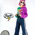 เสื้อแขนยาวทรงoversize ด้านหน้าและหลังตัดต่อสลับสี  สลับสกรีน ชายใส่เชือก  มีตัวล็อคกันหลุด ปรับสั้นยาวได้นะคะ  freesize color : เขียว green + ม่วง purple  #เสื้อผ้าผู้หญิง #เสื้อผู้หญิง #เสื้อยืด #เสื้อยืดแขนยาว #เสื้อยืดคอกลม #เสื้อยืดคอกลมแขนยาว #เสื้อแขนยาว