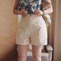 :: Basic Shorts :: >> Cream **ตัวนี้สีออกครีมนะจ๊ะ ...size S > Waist 26 inches > Hip 38 inches > Length 14.5 inches  …size M > Waist 28 inches > Hip 40 inches > Length 15 inches  490THB. **ตัวนี้ผ้าเนื้อดีมากๆเลย มีtextureบนผ้า น่ารัก เลือกใส่ง่าย  #กางเกง #กางเกงผู้หญิง #กางเกงขาสั้น #กางเกงขาสั้นผู้หญิง #กางเกงผู้หญิงขาสั้น