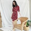 """เดรสทรงกิมโมโนผูกเอว บอกเลยผ้าสบายมากกกก สาวๆ ห้ามพลาดเลยน้า  อก : 31""""-35"""" เอว : 24""""-30""""  สี : แดง ลายดอกไม้ Red Floral  #เสื้อผ้าผู้หญิง #เดรส #เดรสสั้น #เดรสแขนสั้น"""