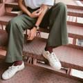 กางเกงขายาว Gang toursers : Olive กางเกงขากระบอก  ผ้าคอตตอนสเปนเดกซ์ เนื้อดีมากกก มี2ไซส์นะคะ เช็คไซส์ได้จากรูปสุดท้าย ด้านหลังเป็นสม้อค  สี : เขียวเข้ม Olive  #กางเกง #กางเกงผู้หญิง #กางเกงขายาว #กางเกงขายาวผู้หญิง #กางเกงผู้หญิงขายาว #กางเกงเอวสูง