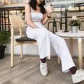"""กางเกงขายาว Gang toursers : White กางเกงขากระบอก  ผ้าลินินญี่ปุ่น100% มี2ไซส์นะคะ เช็คไซส์ได้จากรูปสุดท้าย ด้านหลังเป็นสม้อค  เสื้อเหมาะสำหรับคนตัวเล็ก อกไม่เกิน36""""  สี : ขาว White  #กางเกง #กางเกงผู้หญิง #กางเกงขายาว #กางเกงขายาวผู้หญิง #กางเกงผู้หญิงขายาว #กางเกงเอวสูง"""