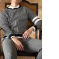 Black - Striped motif sweater  color : ดำ black  price : 1,290 THB _________________  #grounderbkk #เสื้อกันหนาว #เสื้อแขนยาว #เสื้อกันหนาว
