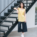 "Minimal Yellow Fabric : Linen Color : เหลือง Yellow Chest : 38"" Armhole : 7.5"" Length : 27.5""  Detail :  - Linen Fabric - Casual and comfortable to wear  - Model Height : 160 cm.  #เสื้อผ้าผู้หญิง #เสื้อผู้หญิง #เสื้อแขนกุด"
