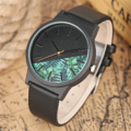 นาฬิกาข้อมือ Half Forest (Black) Quartz Watch คุณภาพสูง 100%  ตัวเรือน : สแตนเลส วัสดุ : หนัง สีดำ ประเภทเข็ม : Pin Buckle  เส้นผ่าศูนย์กลาง : 4.0 ซม ความกว้างสาย : 2.0 ซม ความยาวสาย : ประมาณ 23.0 ซม  Free! - กล่องเก็บนาฬิกา - ส่งพัสดุฟรี ไม่เสียค่าส่ง
