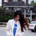 Jacket แจ็คเก็ทสีขาว ปักลายดอกไม้สีทองแน่นแน่น ซิปทองอย่างดี งานดีนะคะใส่กันหนาวกันลมได้เลยนะคะ เก๋มากคะตัวนี้จะใส่กับอะไรก็รอด ควรมีติดไว้นะคะสาวสาว. color : white size : M อก 40 นิ้ว ยาว 19 นิ้ว   L  อก 41 นิ้ว ยาว 20 นิ้ว  Price : 520 ฿  #เสื้อผ้าผู้หญิง #เสื้อผู้หญิง #เสื้อคลุม #เสื้อคลุมแขนยาว #เสื้อคลุมผู้หญิง #เสื้อแจ็คเก็ต #เสื้อแจ็คเก็ตแขนยาว