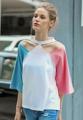 """เสื้อยืดน่ารักสุดแนวจากแบรนด์ Mirror Dress ที่พร้อมจะให้คุณสดใสและโดดเด่นกว่าใคร ผ้าฝ้ายผสมเนื้อนิ่มที่มาในสีขาวพื้น ตัดต่อเล่นสีกับผ้าสีช่วงแขน เว้าช่วงบ่าเล็กน้อยเพิ่มดีเทลให้กัชด เสื้อยืดตัวนี้พร้อมจะเติมความสนุกสนานให้วันหยุดของคุณอย่างง่ายดาย  - ผลิตจากผ้าฝ้ายผสม - คอกลม - แขนสั้นระดับศอก - แบบสวม - ทรงปกติ - ไม่มีซับใน  ไหล่ x อก x ความยาว x แขน S ( 14.5"""" x 37.8"""" x 23.5"""" x 14.5"""") M ( 14.8"""" x 39.3"""" x 24' x 15"""") L ( 15.2"""" x 41"""" x 24.5"""" x 15.5"""")"""