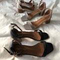 Lucy 1.1  Color: เทา Grey Size: 36-39 (ควรลด1ไซส์ค่ะ) Price: 1190 Promotion!! ลด 30% เหลือ 833 บาท ส่งฟรีลงทะเบียน  #รองเท้า #รองเท้าผู้หญิง #รองเท้ารัดส้น #รองเท้าส้นสูง