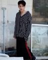 เสื้อเชิ๊ตลายทาง โอเวอร์ไซ รอบอก 46 สี : ดำ Black ลายทาง  #เสื้อผ้าผู้ชาย #เสื้อผู้ชาย #เสื้อเชิ้ต #เสื้อเชิ้ตผู้ชาย #เสื้อเชิ้ตแขนยาว #เสื้อแขนยาว