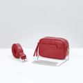 Size : W16 * H21 * D10 cm. Detachable strap (Leather) : 100 cm. Detachable strap (Chain) : 115 cm. Material : Premium PU leather Color : แดง Red Detail : 1 ช่องใหญ่ เปิด-ปิดด้วยซิป / 1 ช่องด้านหน้ากระเป๋า / อะไหล่สีเงิน  #กระเป๋า #กระเป๋าสะพาย #กระเป๋าหนัง #กระเป๋าผู้หญิง