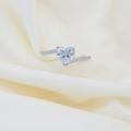 NEW IN💎💎 แหวนฝังเพชรหัวใจ สวยวิ๊งมากกกก สาวๆต้องกรี๊ด! (ทางเรากรี๊ดมาก ชอบสุดๆ) และประดับเพชรเหลี่ยมเม็ดเล็ก เป็นเพชรฝังเลยนะคะ ไม่ใช่กาวแปะน้า ไม่ต้องห่วงเพชรหลุด😊 ------------------ มีไซส์นะคะ ถามได้ทางไลน์ @lidajewelryเลย  #แหวนสวยม้าก