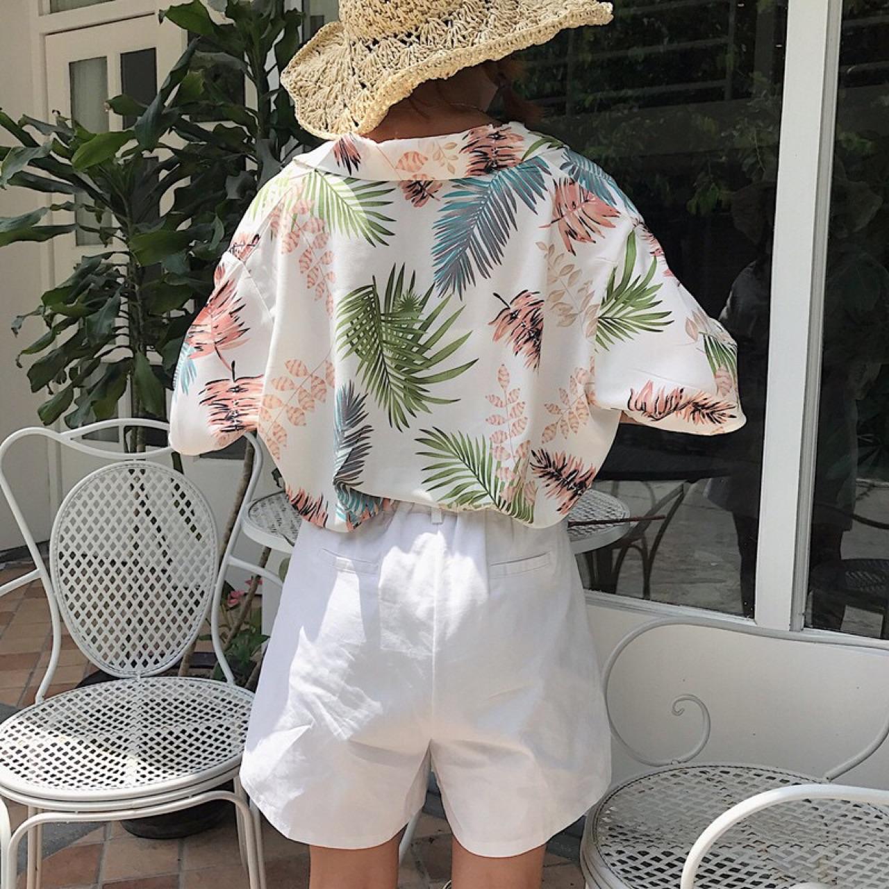 koreanstyle,koreanfashion,shirt,hawaiishirt,hawaii,party,casual,workwear,streetstyle,streetfashion,floral,leaf,loosetop,ruffle,basictypes,เสื้อผ้าผู้หญิง,เสื้อผู้หญิง,เสื้อเชิ้ตผู้หญิง,เสื้อเชิ้ตแขนสั้น,เสื้อเชิ้ตฮาวาย,เสื้อฮาวาย,ฮาวาย