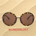 MARILYN Tortoise sunglasses แว่นกันแดดลายกระ ทรงกลม โดดเด่นที่ขาแว่นโลหะชุบสีทอง และเลนส์สีน้ำตาลสุดฮิต แว่นคู่นี้เหมาะสำหรับซัมเมอร์นี้และสามารถใส่เข้ากับเสื้อผ้าได้หลายสไตล์ในแบบฉบับของคุณ - ทำจากพลาสติกและโลหะ - มีแป้นรองจมูก