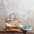 """Twotone canvas bag Dimension: Width x Height x Base  14"""" x 10"""" x 6""""  #ของชำร่วย #canvasbags #canvasbag #bags #bag #nametag #pouch #pouchbag #handbag #handbags #nametagbag #custom #customized #topHandleBag #tophandlebag #chic #fashion #กระเป๋า #กระเป๋าผ้า #กระเป๋าถือ"""