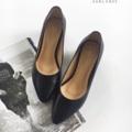 Julie series in black ....... (Sheep skin) รองเท้าหนังแกะ ส้นสูง 2 นิ้ว สูงกำลังดี ผลิตจากหนังแท้ทั้งคู่ หนังนิ่มม พื้นนิ่ม เดินสบาย .... สไตล์ส้นสูง  size : 33 - 44  (*อยากได้สีอื่น เลือกสีหนังสั่งตัดได้ >> กรุณาติดต่อทางร้าน)  #รองเท้า #รองเท้าหุ้มส้น #รองเท้าสวม #รองเท้าผู้หญิง #รองเท้าส้นสูง #รองเท้าส้นเข็ม