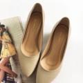Julie series in light beige ...... (Sheep skin) รองเท้าหนังแกะ ส้นสูง 2 นิ้ว สูงกำลังดี ผลิตจากหนังแท้ทั้งคู่ หนังนิ่มม พื้นนิ่ม เดินสบาย .... สไตล์ส้นสูง  size : 33 - 44  (*อยากได้สีอื่น เลือกสีหนังสั่งตัดได้ >> กรุณาติดต่อทางร้าน)  #รองเท้า #รองเท้าหุ้มส้น #รองเท้าสวม #รองเท้าผู้หญิง #รองเท้าส้นสูง #รองเท้าส้นเข็ม