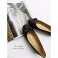 รองเท้าหนังแกะแท้ สีหวาน น่ารักมากกค่ะรุ่นนี้ มาพร้อมพื้นกันลื่นนะคะ เดินมั่นใจไม่ลื่น  Size : 35- 40 >>> In stock Size : 32-34,41-45.  >>> Made to order  #รองเท้า #รองเท้าหุ้มส้น #รองเท้าสวม #รองเท้าผู้หญิง