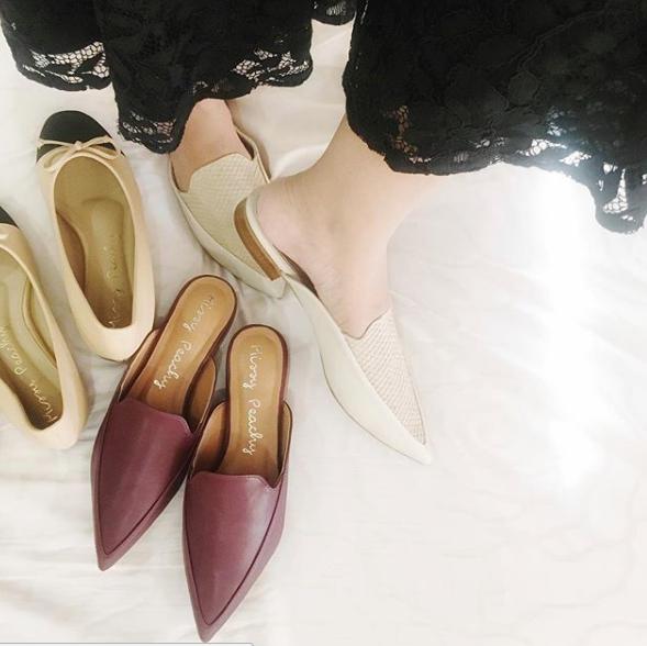 รองเท้าผู้หญิง,รองเท้าแตะ,รองเท้าหัวแหลม,รองเท้าส้นแบน,รองเท้าส้นเตี้ย,รองเท้าแตะแบบสวม,loafer,muleloafer,รองเท้า,รองเท้าสวม