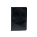 Product Detail  color : Black Glazed size : 9.8 (W) x 13.7 (L) x 1 (D) cm.  Product No. : 02652  รายละเอียดสินค้า • ผลิตจากหนังแท้คุณภาพดี • ช่องสำหรับใส่บัตรทั้งหมด 4 ช่อง  • ช่องสำหรับใส่ boarding pass และเอกสารต่างๆ  • พลาสติกสำหรับกั้นหน้าที่เปิดทิ้งไว้ทำให้ง่ายต่อการเปิดพาสปอร์ต  และป้องกันพาสปอร์ตหล่นหายระหว่างทาง • เสน่ห์ของหนังประเภทนี้คือลวดลายที่เกิดขึ้นตามธรรมชาติ