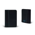 Product Detail  color : Black (ดำ) size  : 7.5 (W)  x 10 (L) x 0.6 (D) cm.  Product No. : 02850  รายละเอียดสินค้า • ใส่บัตรได้สูงสุดถึง 8 ใบ ใส่ได้ทั้งด้านในและด้านนอก • น้ำหนักเบา เรียบ บาง ขนาดสะดวกต่อการพกพา • เหมาะสำหรับผู้ที่ชื่นชอบหนังแท้